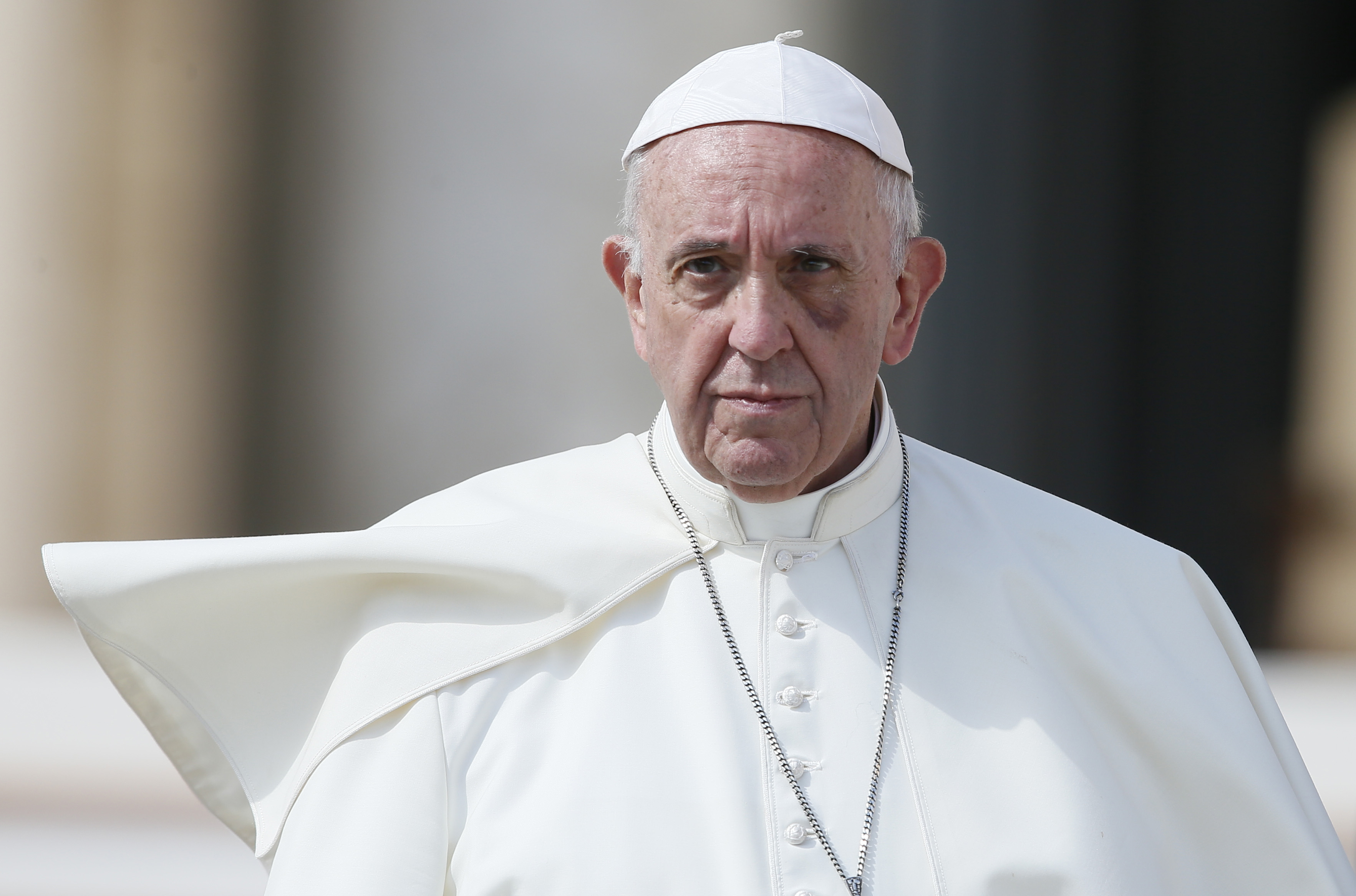 Pope Francis to host anti nuclear talks